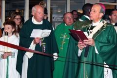 Clergy-at-the-Ribbon