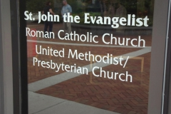 Congregations sign on WLIFC window